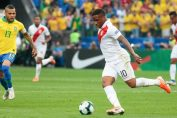 <b>Perú pierde a la Foquita Farfán</b>