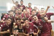 <b>Roberto Carlos Fernándes ya es titular en España</b>